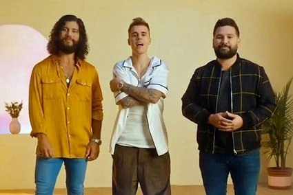 10,000 Hours – Dan + Shay and Justin Bieber