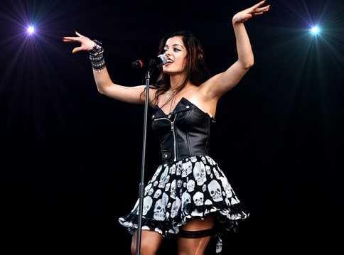 Live performance of Bebe Rexha