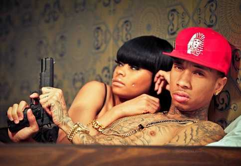Tyga chanted with Kylie Jenner with Blanc China and Annalu the Brazilian model