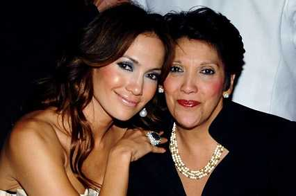 Jennifer Lopez Mom is a gambling addict