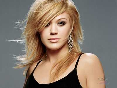 Kelly Clarkson cute