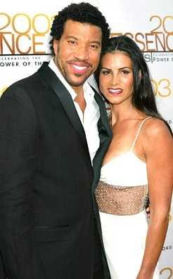 Lionel Richie cheated on Brenda Harvey with Diane Alexander