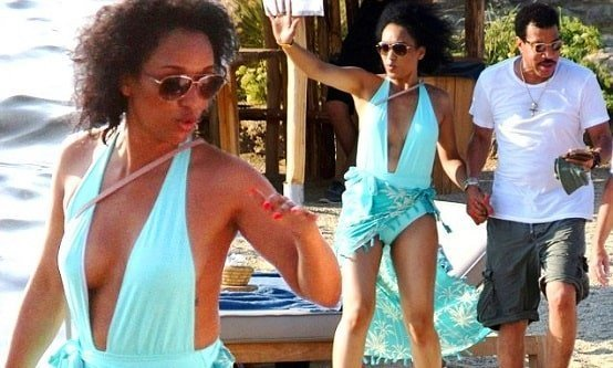 70 year old Lionel Richie is dating 30 year old