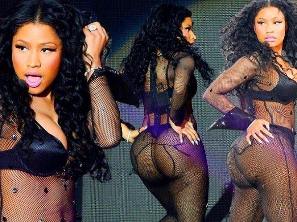 Nicki Minaj naked booty