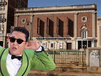 PSY dropped out  of college twice