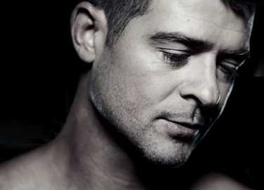 Robin Thicke was highly disturbed when Paula left him