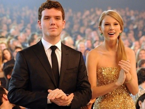 Taylor Swift with young Austin Swift at Grammys