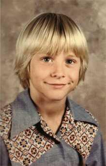 Childhood pics of Kurt Cobain