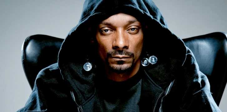 Angry pics of Snoop Dogg